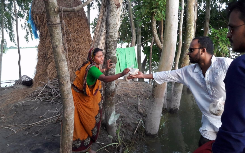 Relief-for-Flood-Victims-Ulipur-Upazila-Kurigram-2017-2