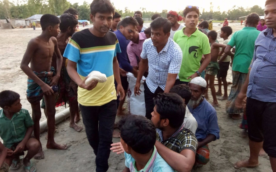 Relief-for-Flood-Victims-Ulipur-Upazila-Kurigram-2017-7